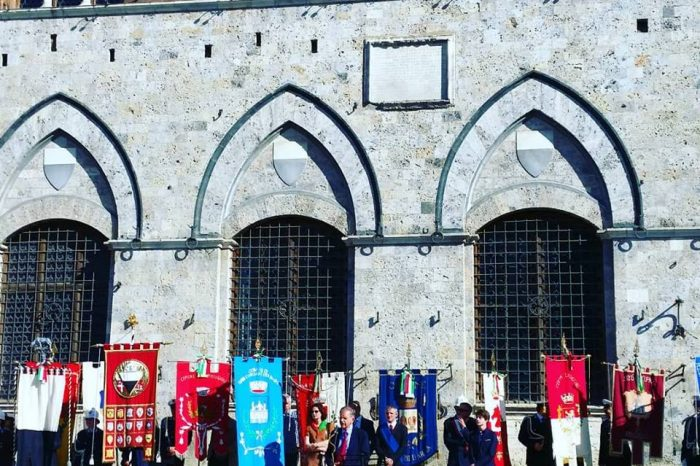 Valdo Spini a Siena in Piazza del Campo il 25 Aprile 2018