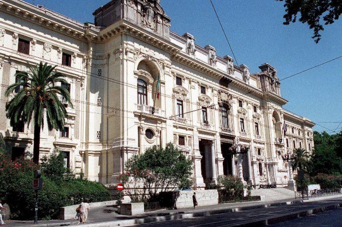 Incontro tra il sottosegretario Miur Salvatore Giuliano e il Presidente Aici Valdo Spini